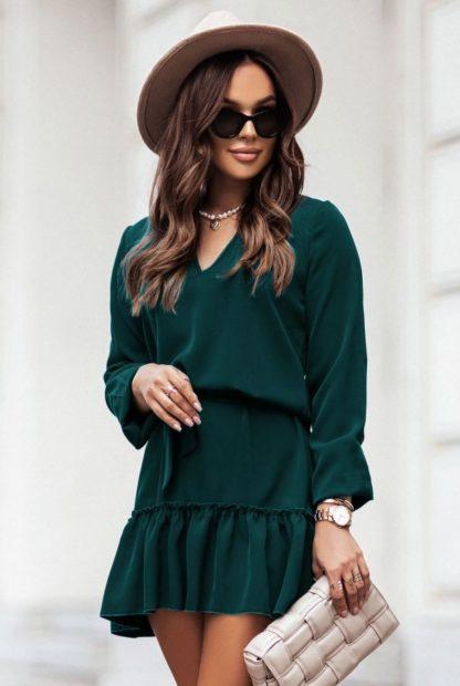 Sukienka z wiązaniem i falbaną zielona